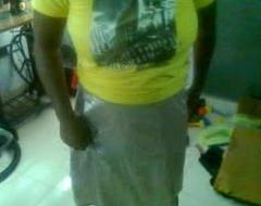 Mallu aunty house-moving teashirt