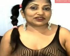 Indian Auntie Spread Rectal hole vulnerable Webcam