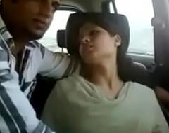 Indian coupling receives naughty around car