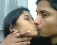 Desi Indian Girl Blowjob her BF Open-air Hot