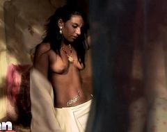 Indian Dismal Skin Babe Amisha