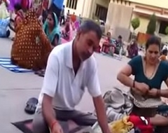 Desi aunty change rise up in the world public boob show