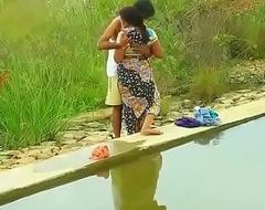 Hot mallu aunty knockers desirous be useful to outdoor