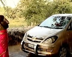 ---indian village bhabhi washing car..{uncut ex...