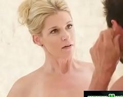 Blonde milf prepare her client for rub-down - India Summer &amp_ Tommy Gunn